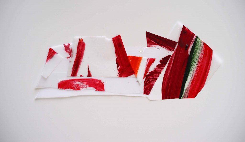 <i>Mini assemblage 19-1</i>, acrylique sur calque polyester, 18x42cm, 2019