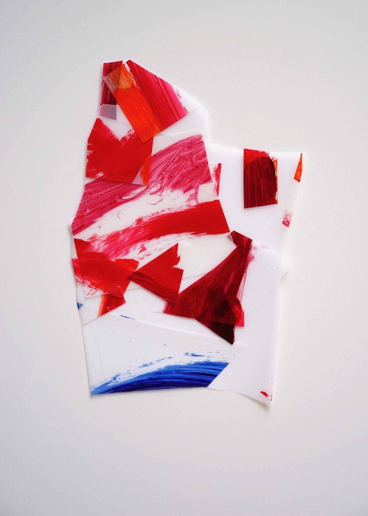 <i>Mini assemblage 19-2</i>, acrylique sur calque polyester, 25x17cm, 2019