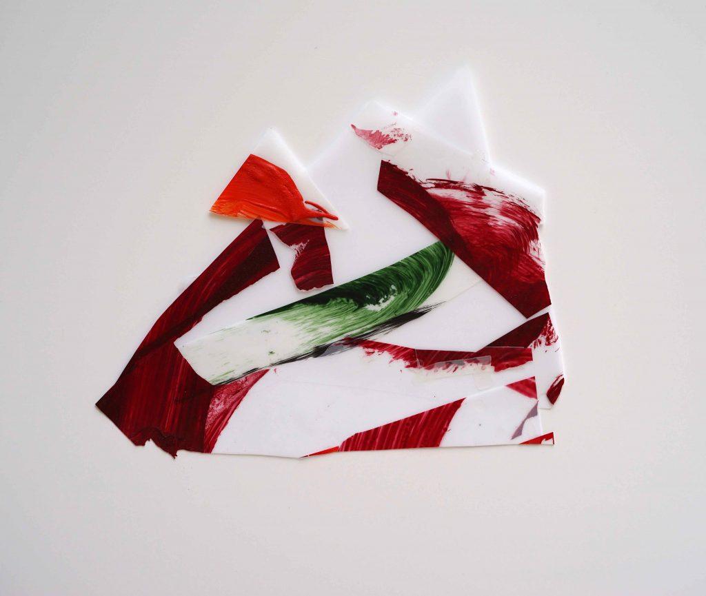 <i>Mini assemblage 19-4</i>, acrylique sur calque polyester, 23x27cm, 2019