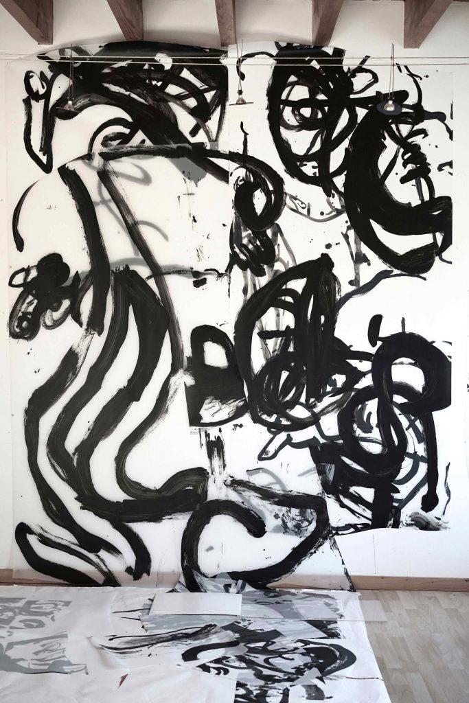 <i>Mural</i>, acrylique et encre sur calque polyester, 294x205cm, 2018